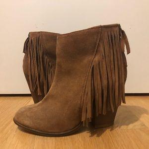 Steve Madden suede fringe booties - never worn